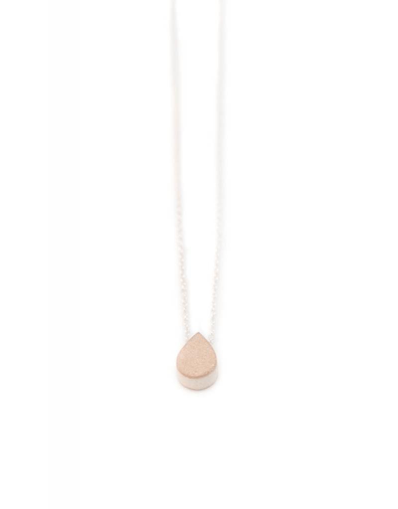 PILAR AGUECI Pear gold pendant