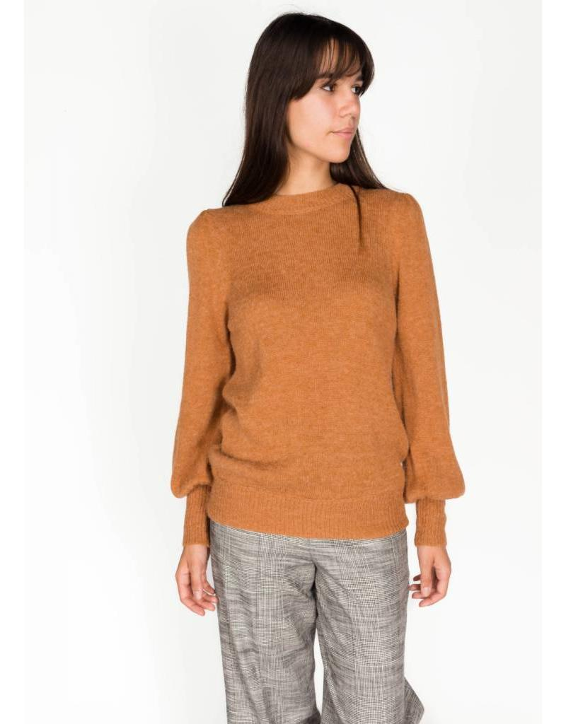 SOAKED IN LUXURY GABRIELLA PULLOVER