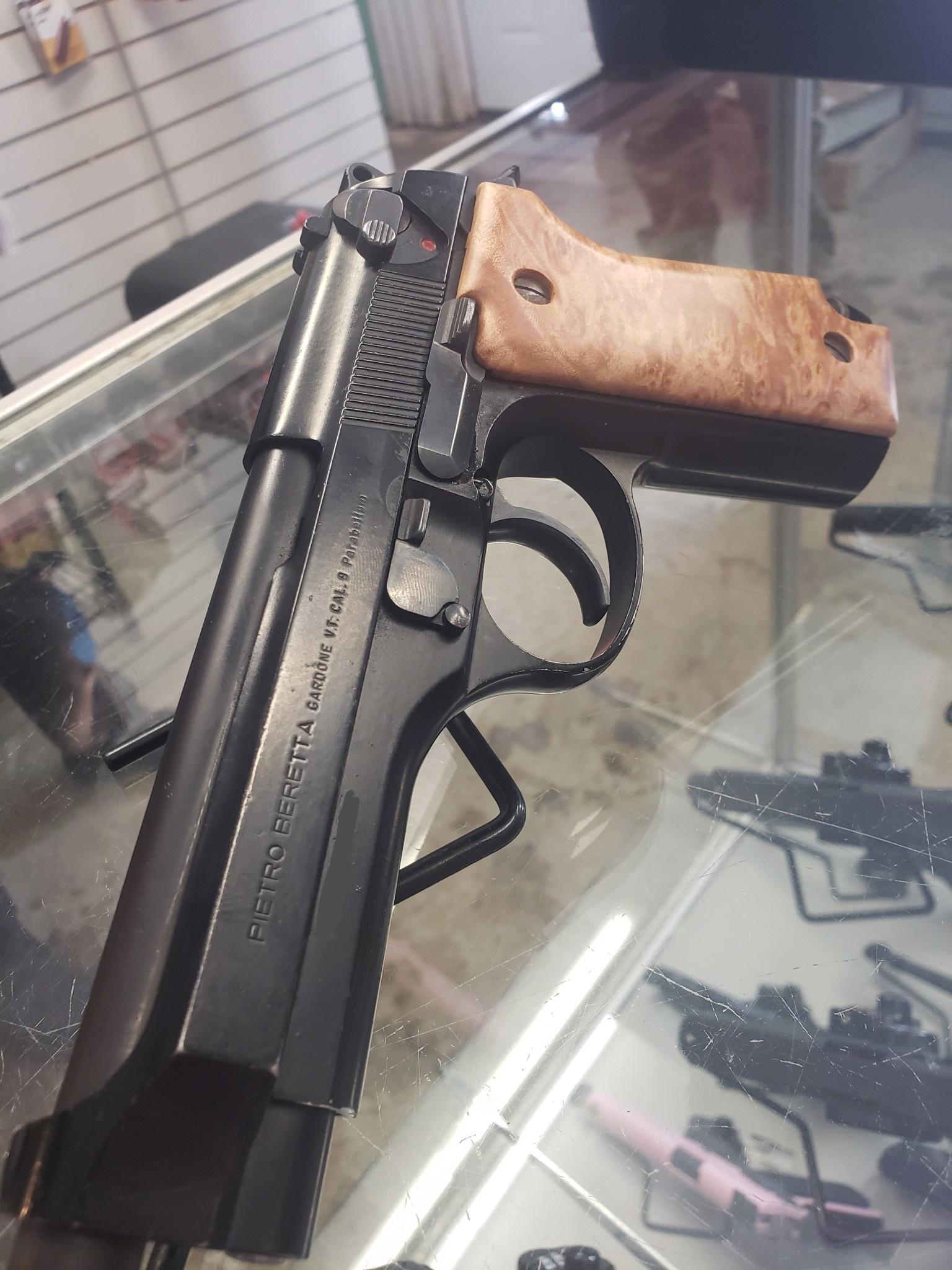 - Previously Enjoyed - (PRICE REDUCED) Beretta M9 Police Surplus