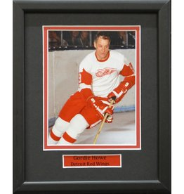 GORDIE HOWE 8X10 FRAME - DETROIT RED WINGS