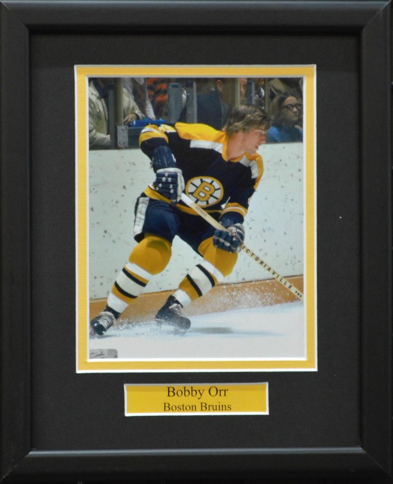 BOBBY ORR 8X10 FRAME - BOSTON BRUINS