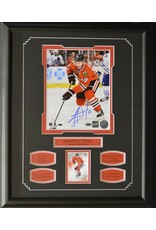 JONATHAN TOEWS AUTOGRAPH 16X20 FRAME - CHICAGO BLACKHAWKS