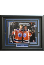 "CONNOR MCDAVID & WAYNE GRETZKY - 16X20 FRAME EDMONTON OILERS  ""REXALL PLACE FINAL GAME"""