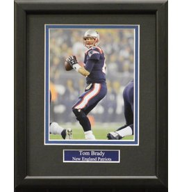 TOM BRADY 8X10 FRAME - NEW ENGLAND PATRIOTS