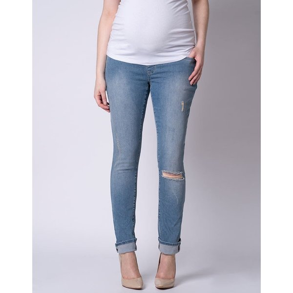 Xavier Relaxed Fit Ripped Jean