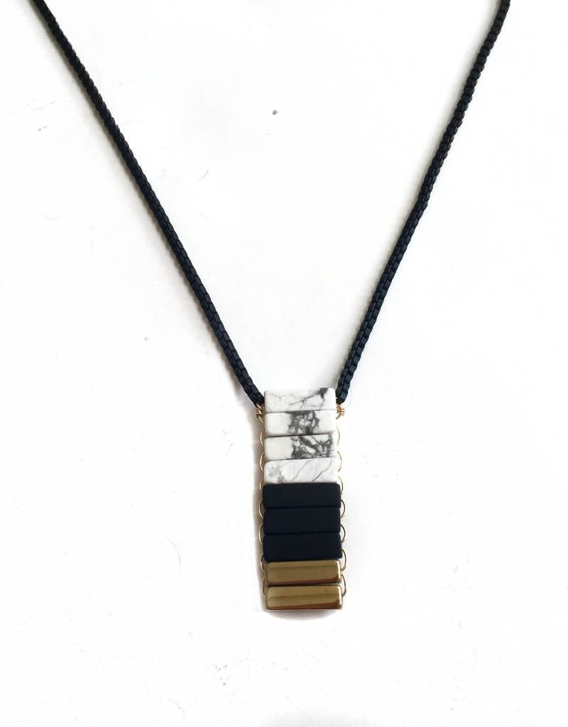 9 Stone Marble/Blk/Gilt Necklace