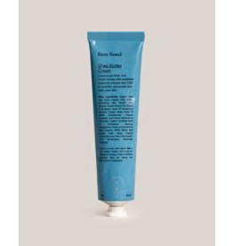 SANS SOUCI This handcrafted, vegan-friendly body lotion is ideal for anyone with dry skin and contains natural, organic ingredients with no added parabens, phthalates, or gluten. It contains 300mg of CBD extract in a 2oz (60ml) container. It is pH balanced and desig