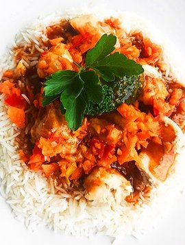 General Tao chicken, vegetables & basmati rice (325g)