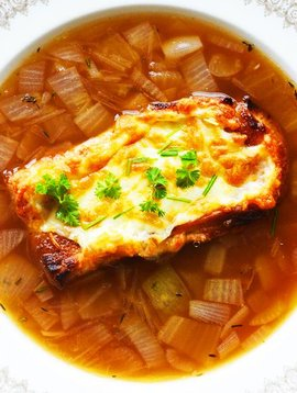 Onion & beer soup