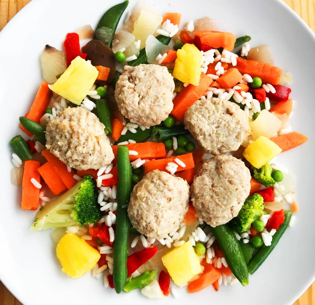Veal meatballs, pilaf rice, pineapple & Asian vegetables Ultra FIT