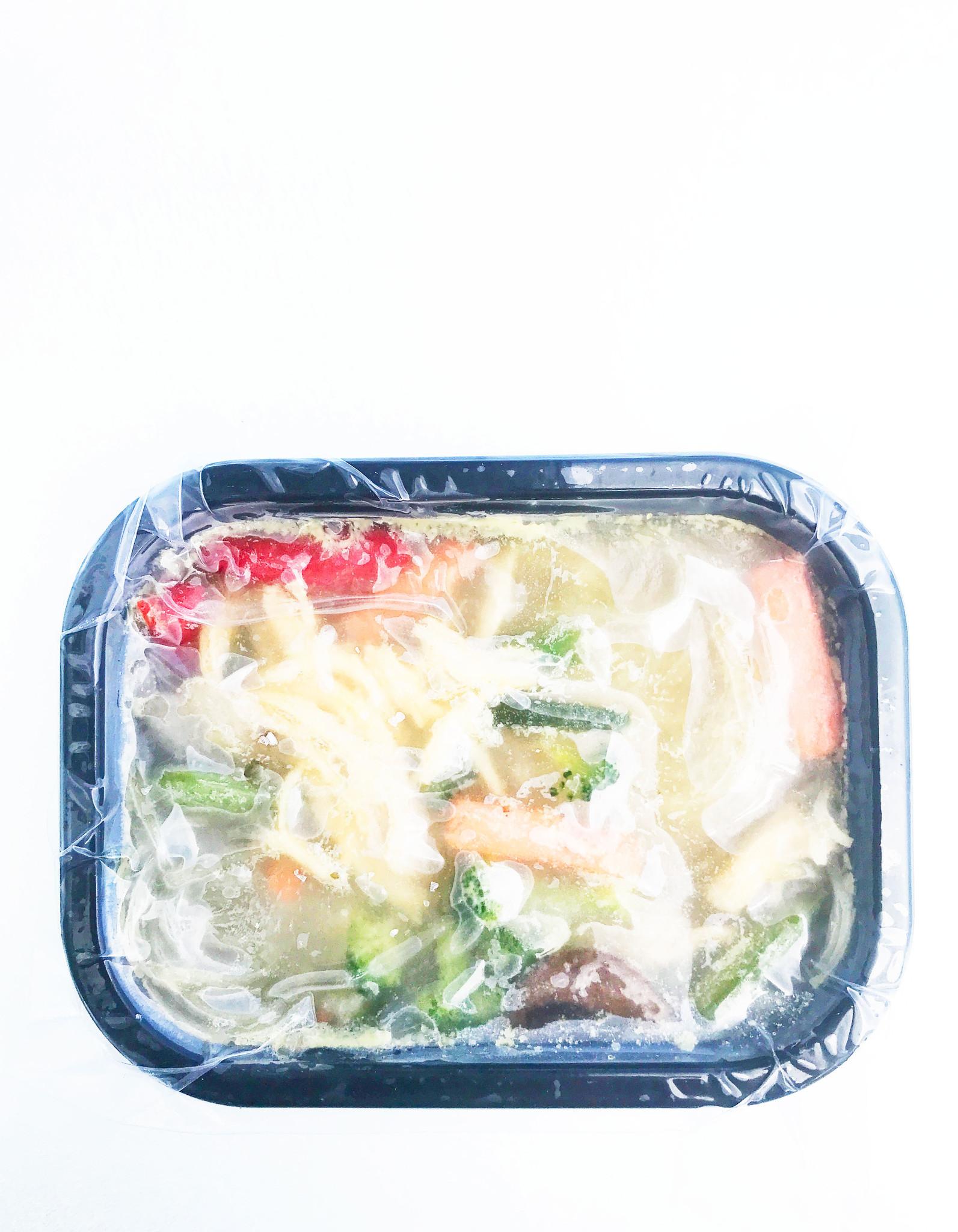 Soupe-repas à l'orientale au poulet & légumes (325g)