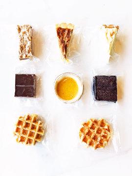 Small desserts box