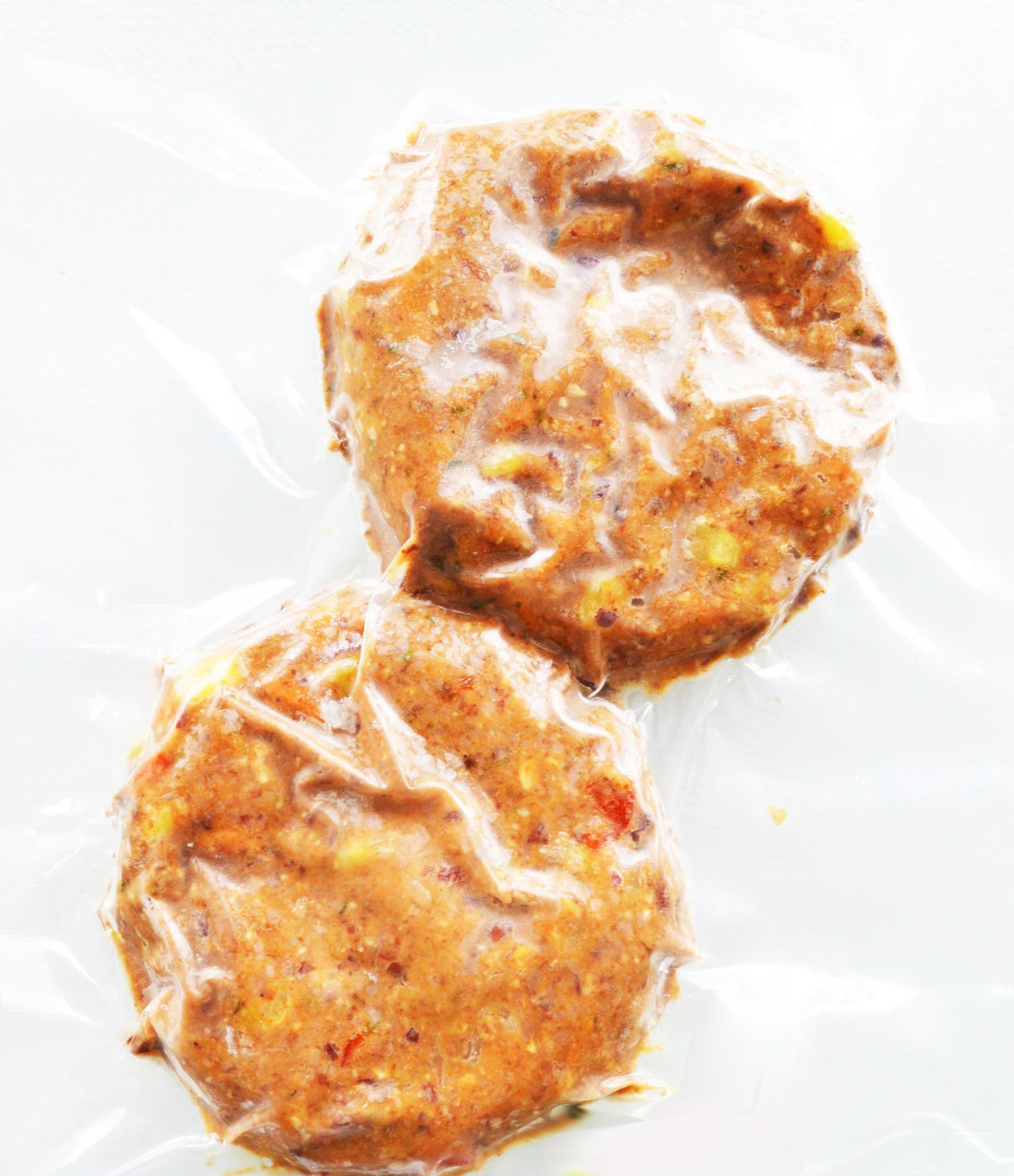 Burger végétarien aux haricots, légumes & lentilles ( CIRCULAIRE Juillet, prix rég: 9.00)