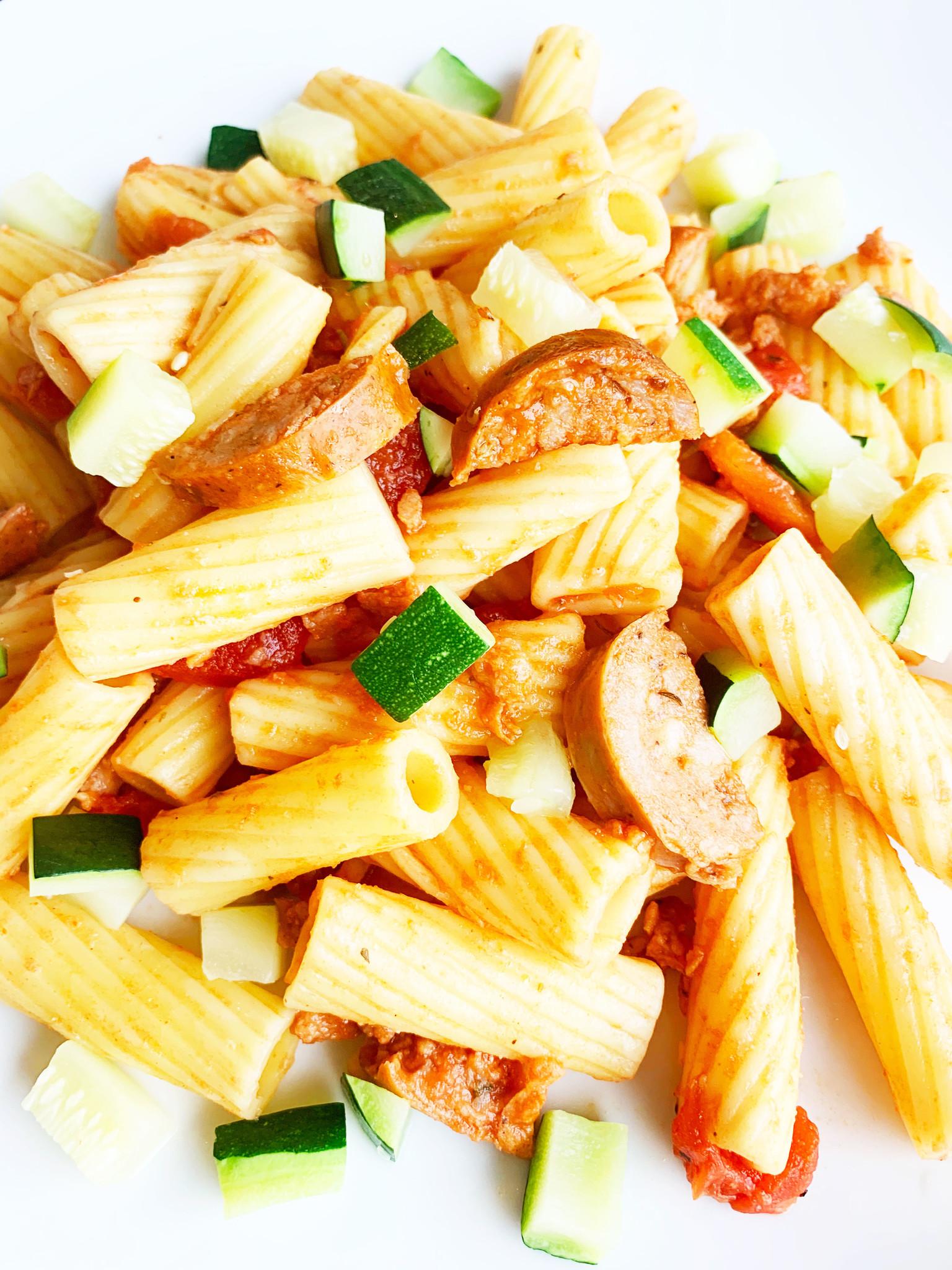 Rigatoni, saucisse italienne & courge verte (325g)