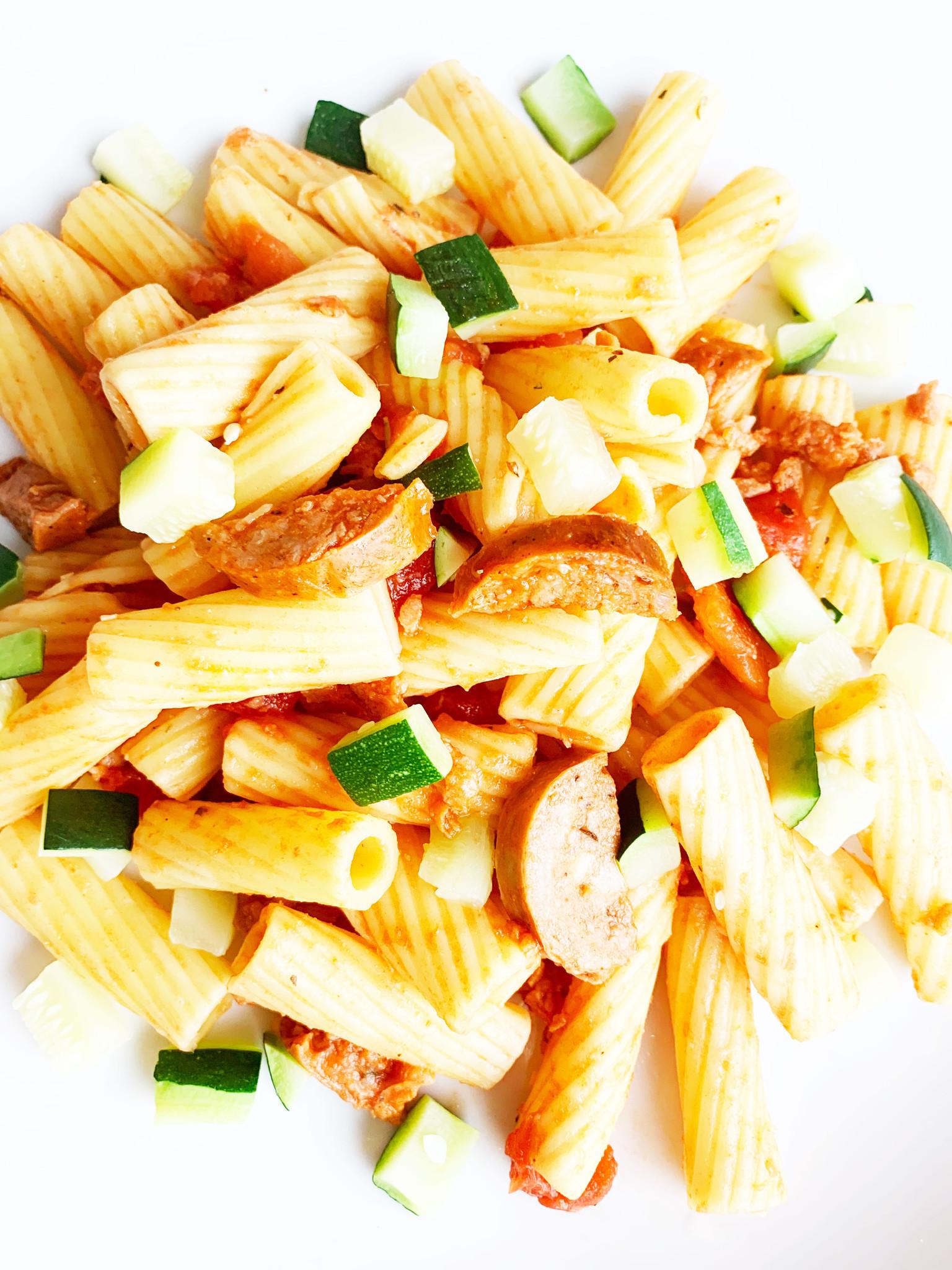 Rigatoni, Italian sausage & green squash (275g)