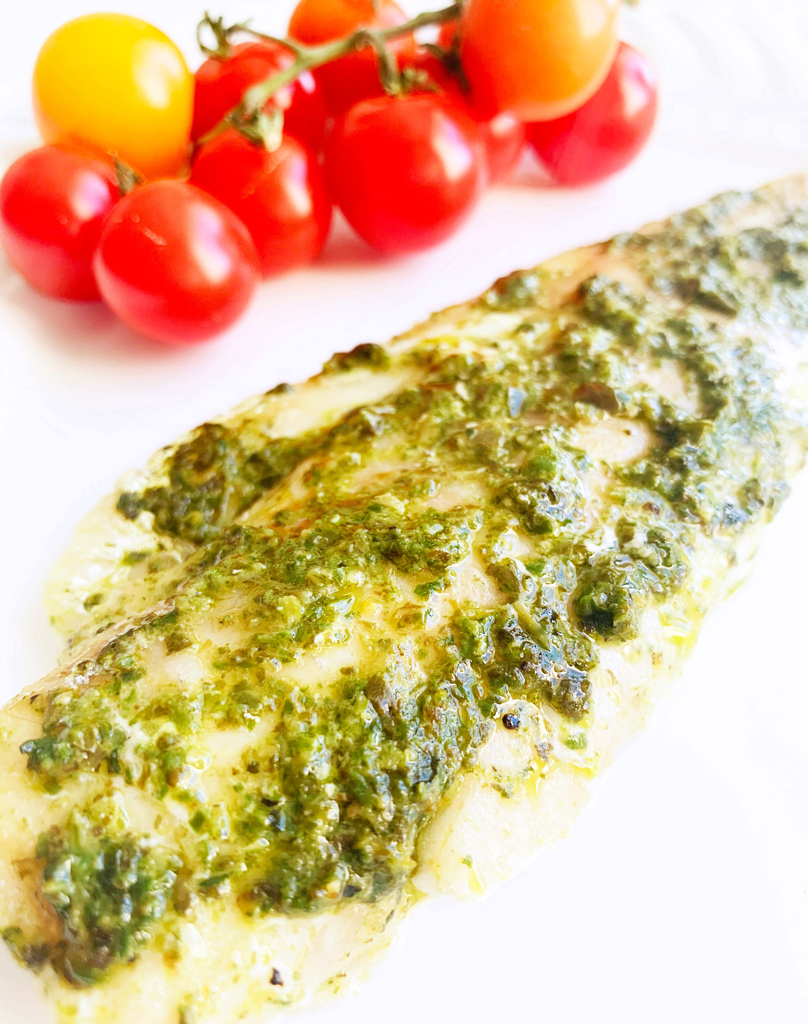 Cod with homemade spinach pesto