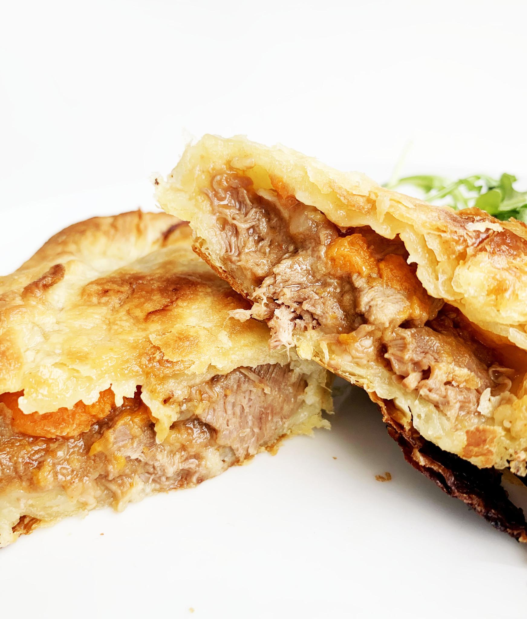 Beef bourguignon Wellington