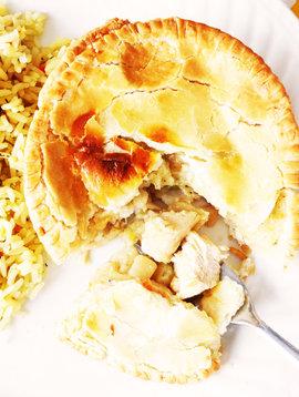 Small chicken pie