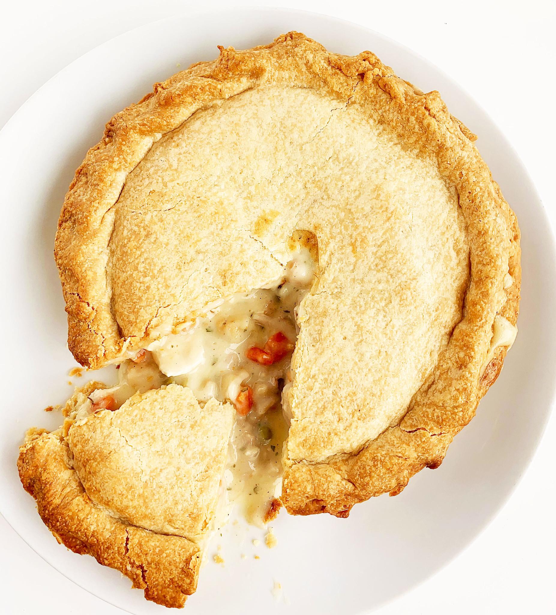 Large chicken pie