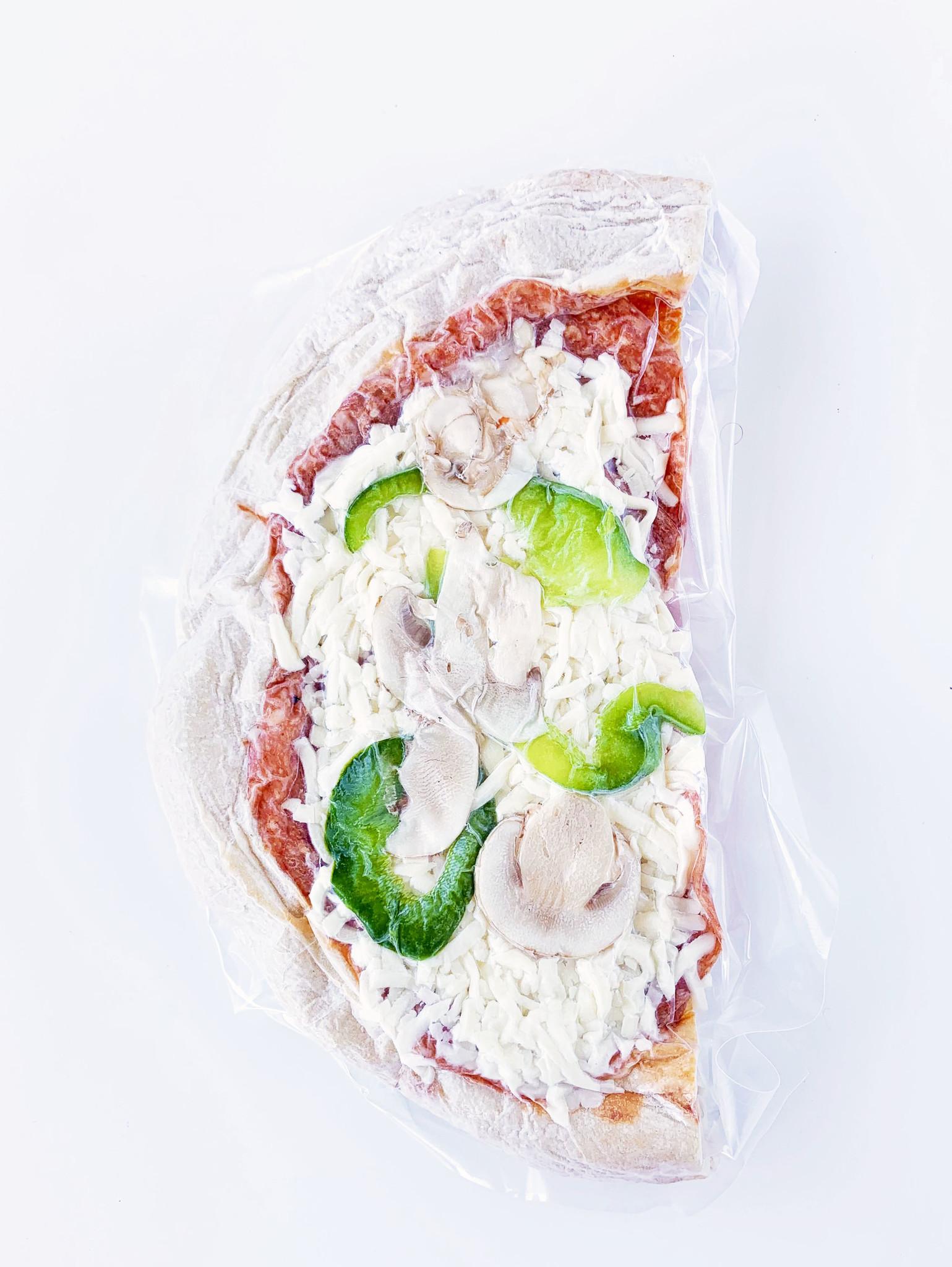 Pizza garnie & croûte artisanale
