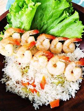 Mandarine & sesame shrimp skewers