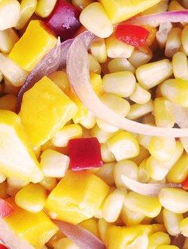Mangues, maïs, poivrons & oignons rouges