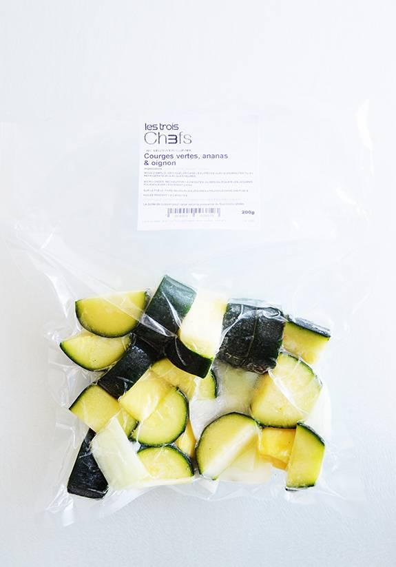 Courges vertes, ananas & oignons