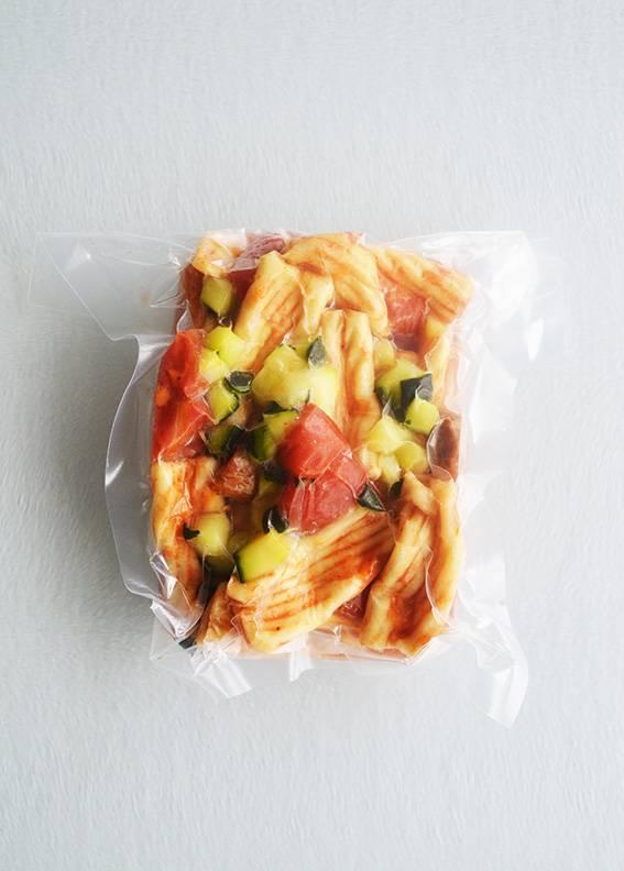 Rigatoni, saucisse italienne & courge verte (175 g)