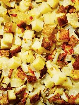 Patates à déjeuner, bacon & oignons  ( Circulaire Janvier, prix régulier: 4.50)