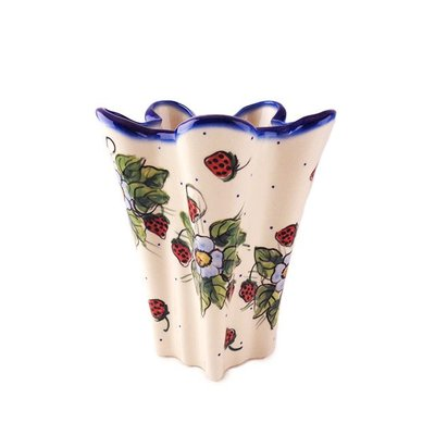 Berries & Cream Lilia Vase