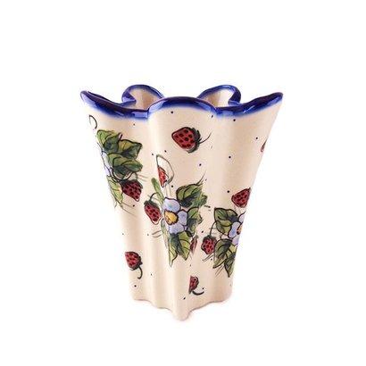 Berries & Cream Lilia Vase