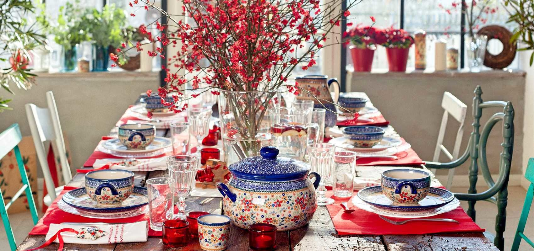 'Tis The Season For Holiday Polish Pottery Place Settings