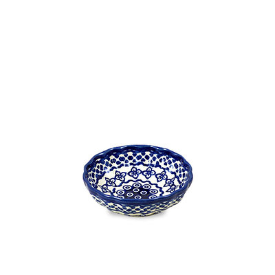 Diamond Lattice Scalloped Dish 12