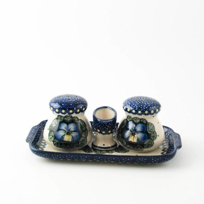 Pansies Salt & Pepper w/ Tray