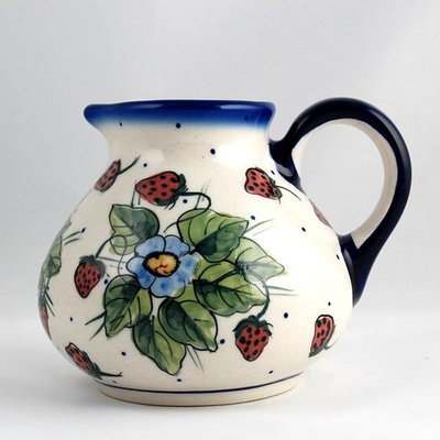 Berries & Cream Belly Pitcher - Lrg