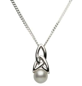 S/S Trinity Knot Pearl Pendant