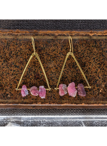 OraTen Pinnacle Earrings - Raw Tourmaline