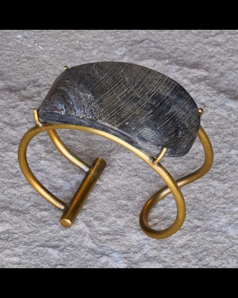 OraTen Bayan Wire Cuff with Organic Horn - Dark Horn, Brass