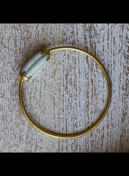 OraTen Melon Bead Bangle - White, Brass