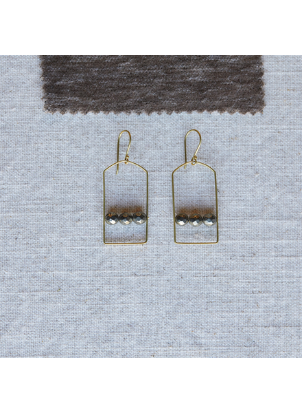 OraTen Vivien Arch Earrings, Brass - Pyrite