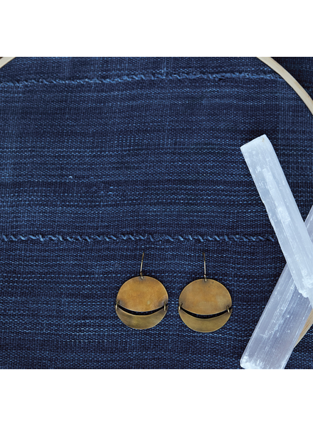 OraTen Moonrise Earrings, Round, Sm - Brass