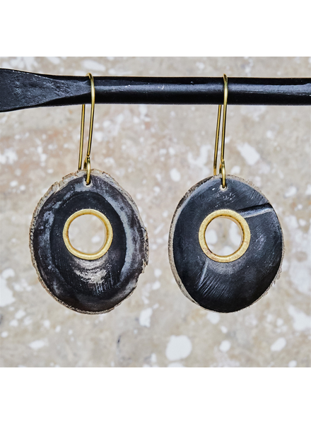 OraTen Tengara Earring with Eyelet - Oval - Dark Horn, Brass