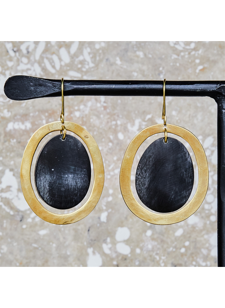 OraTen Banjar Floating Oval Earring - Sm - Dark Horn, Brass