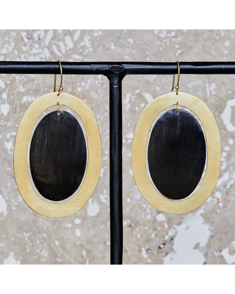 OraTen Banjar Floating Oval Earring - Lrg - Dark Horn, Brass
