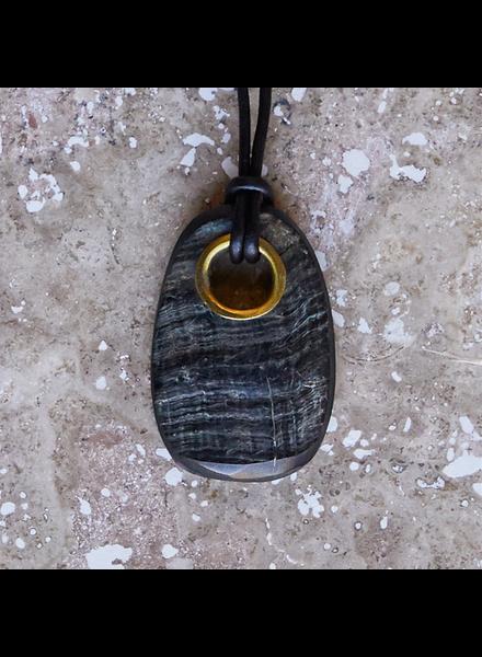OraTen Tengara Horn Pendant with Eyelet, Oval - Sm - Dark Horn, Brass