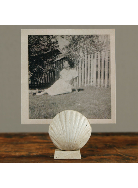 HomArt White Cast Iron Scallop Place Card Holder - Set of 2
