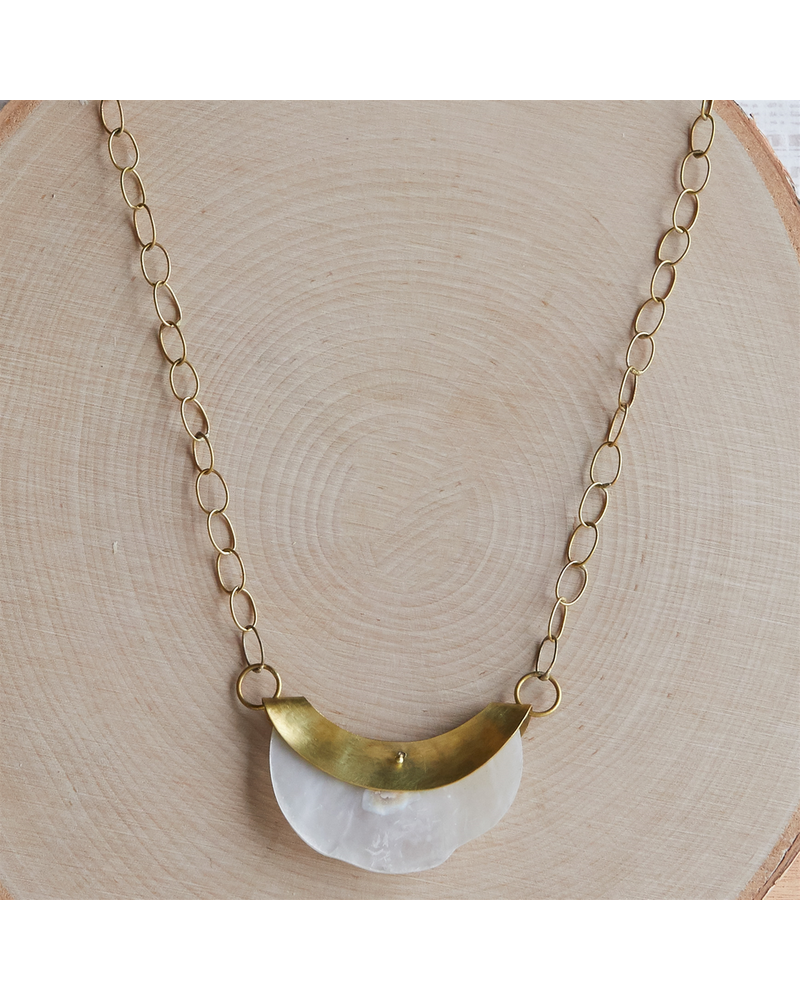 OraTen Chama Organic Mother of Pearl Necklace
