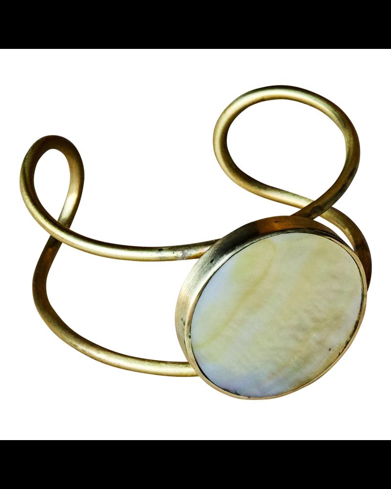 OraTen Nusa Cuff - Round, Brass, Mother of Pearl - Light