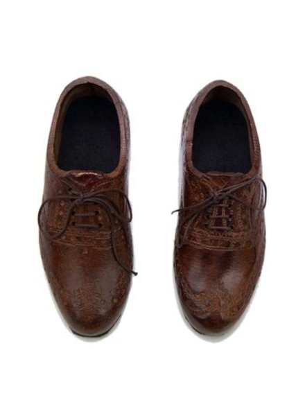 Pair of Oxford Wingtip Shoes Paperweight - Light Brown