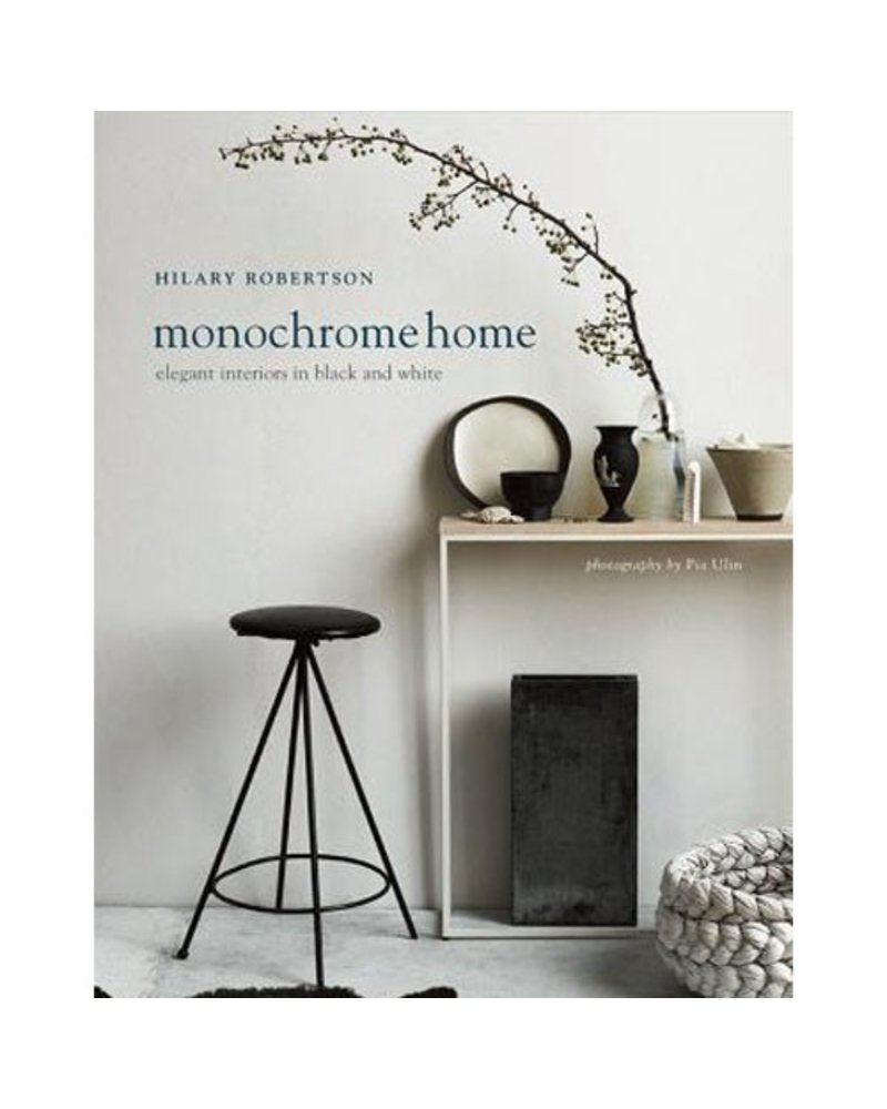Monochrome Home: Elegant Interiors in Black & White